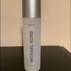 NEW Sealed Michael Kors Renew Leather Care Cleaner